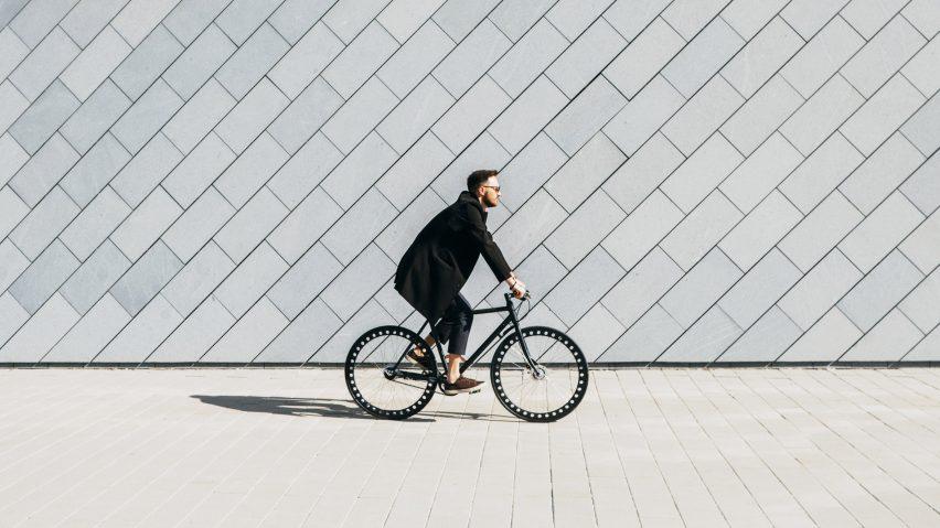 유리관리가 필요없는 도시형 자전거, Urbanized Bicycle